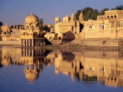 A Royal Desert tour to Rajasthan Package By Make My Trip