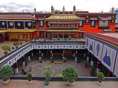 Tour to the Holy City Lhasa for 03 Nights/ 04 Days from TSI Holidays