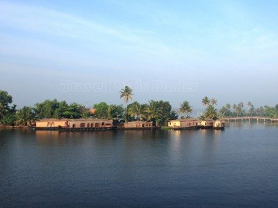 Kerala Backwater Tour from Geanis Holidays India