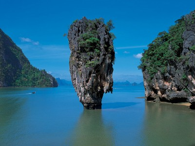 Thailand and Hong Kong Travel Package from Samaara Travel Tours