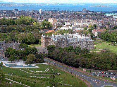 London and Edinburgh Honeymoon Package