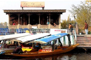 De-Laila Group of Houseboat Kashmir