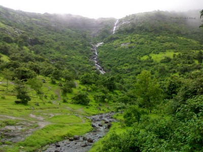 Hotel Whispering Brook – Lonavala