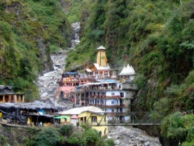 Chardham Yatra Deluxe Packages
