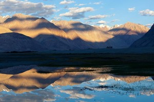 "Explore Mini Ladakh Tour Package by ""Ezeego1"""