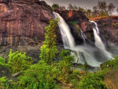 Beautiful Kerala Waterfalls Tour Package from Arzoo