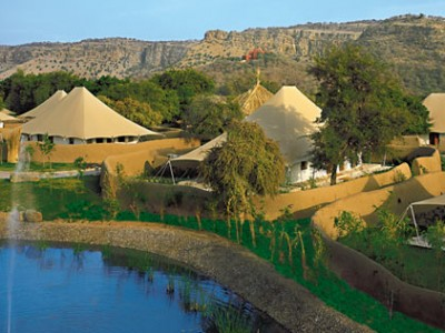 Unforgettable Holidays Package from Oberoi Hotel and Resorts