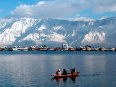 Sweet Escapade to Kashmir Package from Goibibo