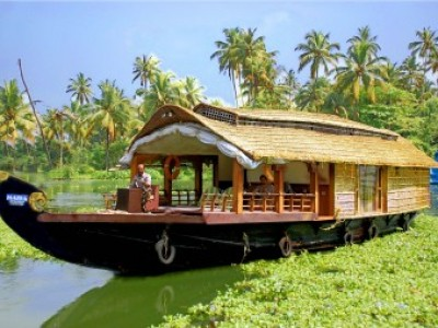 Backwaters Of Kerala Tour Package From Arzoo