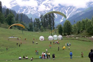 Affordable Manali Bus Package