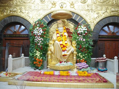 Shirdi Bus Package From Arzoo