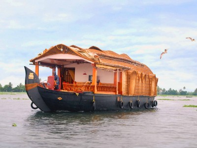 7 Days Kerala Honeymoon Tour Package From discoverindia