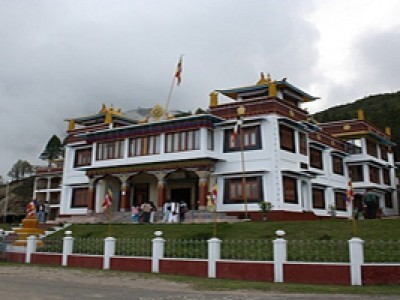 Arunchal with Tawang Gateway Tour Package from MakeMyTrip