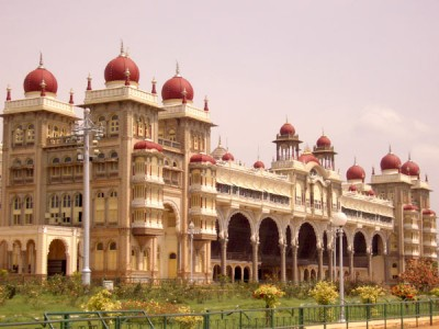 Explore Treasures of Karnataka Tour Package By Thomas Cook