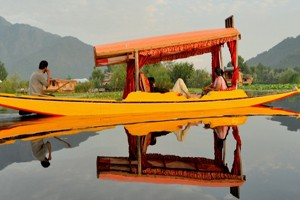 Kashmir HoneyMoon Special Package From Aeronet Holidays