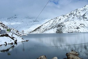 North East Delight with Lachung Tour Package By Make My Trip