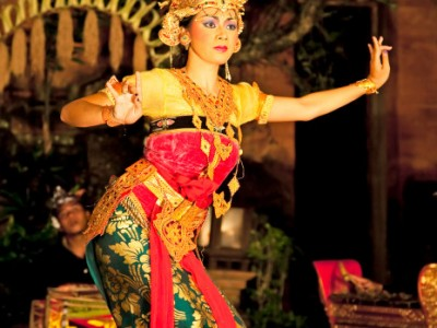 4 Days Indonesia Romantic Tour Package