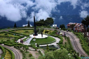 Exploring Hills Of Gangtok & Darjeeling Package from Via