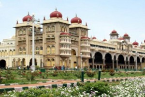 Magic Of Mysore & Madurai Tour Package By Yatra
