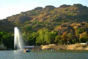 Explore Mount Abu Tour Package from Arzoo