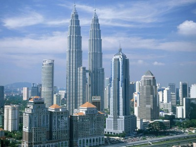 Thrilling Malaysia Tour Package from Ezeego1
