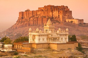 Explore Rajasthan Tour Package by Make My Trip