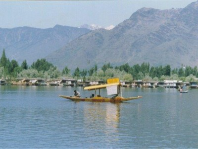 Short And Sweet Kashmir Tour Package From Ezeego1
