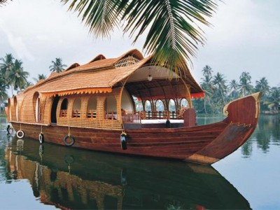 Kerala Honeymoon Tour Package By Travel Chacha