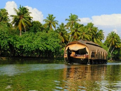 Best Of Kerala Tour Package From Bindass Holidays