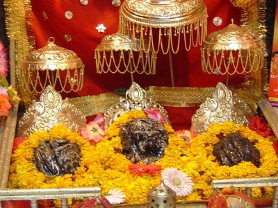 Vaishno Devi with Amritsar Tour Package By Kesari