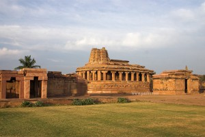 Explore Hampi, Badami Tour Package