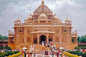 Explore Temples & Wildlife of Gujarat