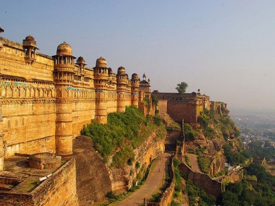 Central India Temples With Taj Package By Indian Holidays