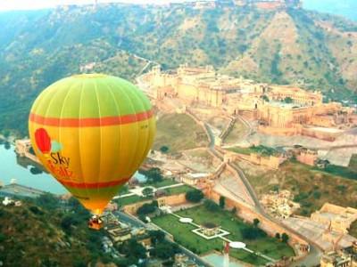 Hot Air Balloon Adventure In Jaipur With Make My Trip