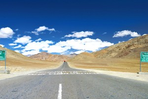 Moonland of Ladakh Tour Package By TUI