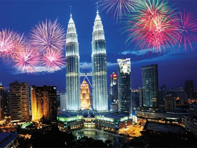 4 Nights Malaysia Tour Package with Bindass Holidays