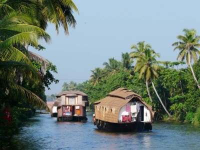5 Nights Kerala Tour Package from Delhi Mumbai