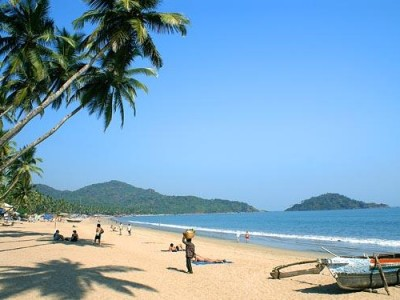 Cliffs & Lagoons Of Kerala Tour Package by Travel XP
