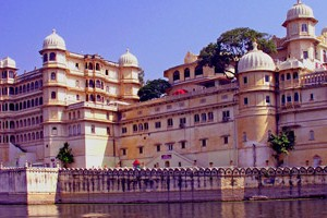 Udaipur and Mount Abu Special Tour Package By Make My Trip