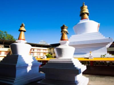 Northeast Marvels Gangtok & Darjeeling Tour Package By Make My Trip