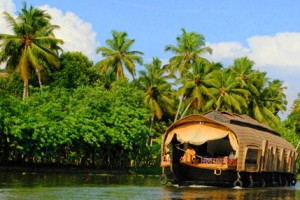 Ooty, Kumarakom Tour Package By Indian Holidays