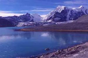 Himalayan Gangtok & Darjeeling Tour Package By Make My Trip