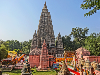 Golden Triangle of Buddhist Tour Package BY Indian Holidays
