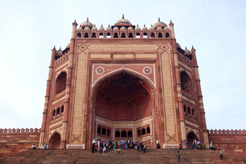 Buland Darwaza, source - Paul Simpson