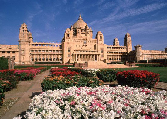 أغلى 11 حمامات سباحة في العالم Umaid-Bhawan-Palace-Jodhpur