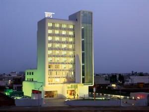 Kudhiana Keys Deluxe Hotel