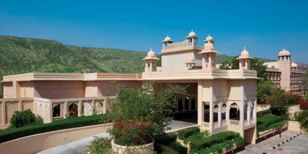 trident_jaipur_entrance