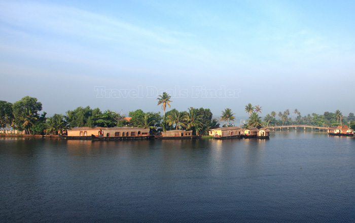 Backwaters-7_52170547