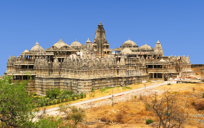 Jain-Temple-in-Ranakpur_94148632