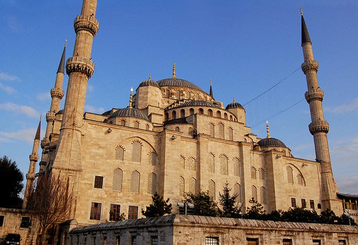 Blue Mosque in Istanbulgergely-sipos(flickr)